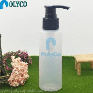 Échantillon de bouteilles en plastique avec une buse en forme de bouchon de 100 ml