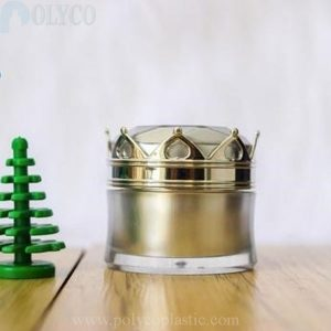 Lovely crown-shaped cosmetic jar
