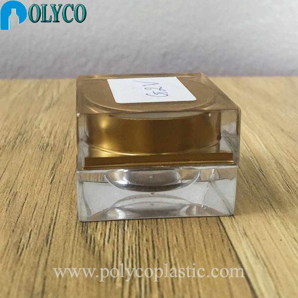 Square 5ml plastic jar with premium gold lid