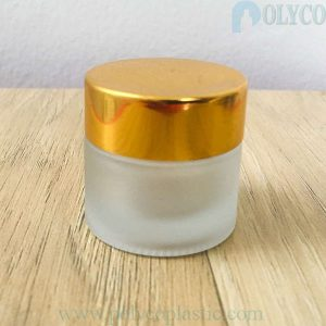 Round glass jar for high-end cosmetics